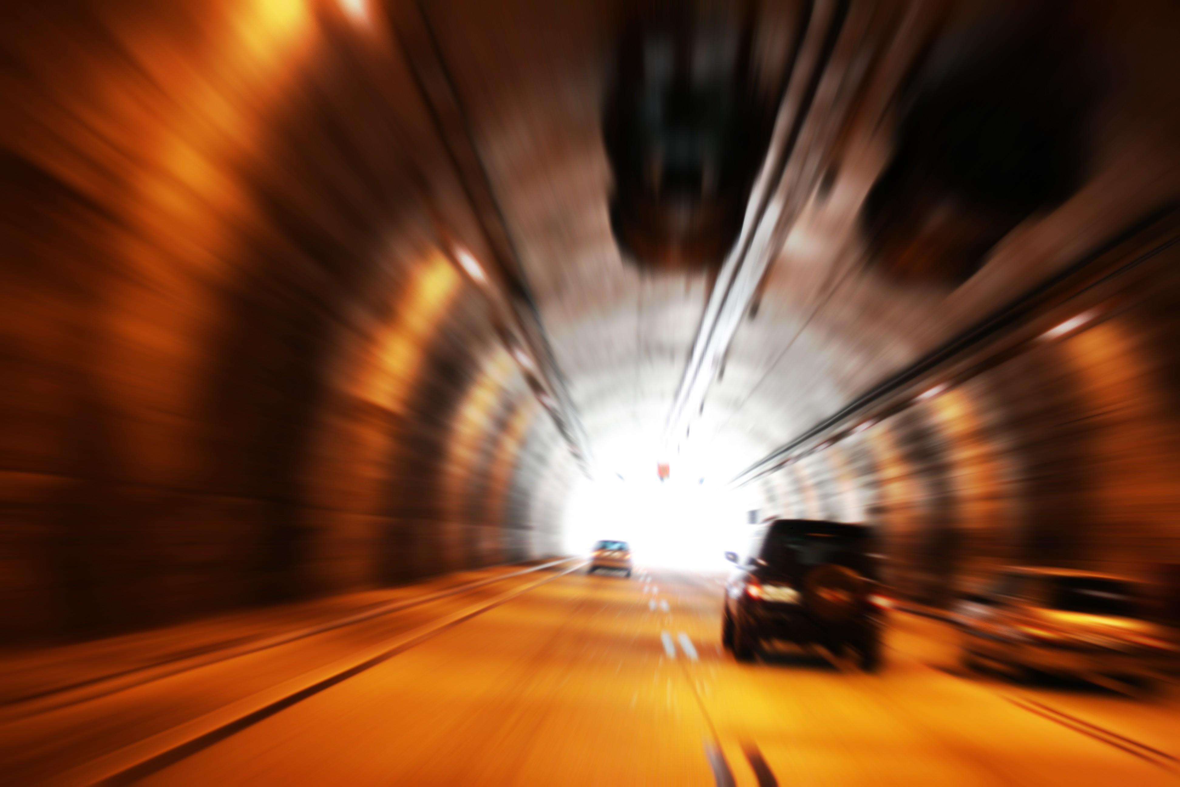 tunnel-4-1163170.jpg